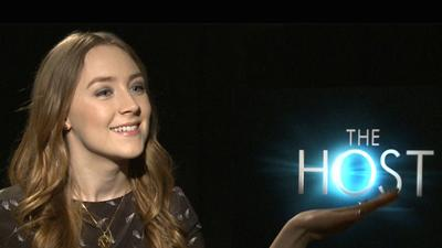 Saoirse Ronan Dishes On 'Love Square' In �The Host�