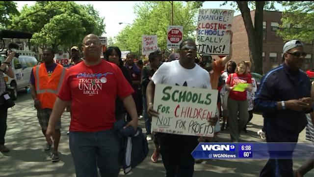 Protest of Chicago school closings continues today