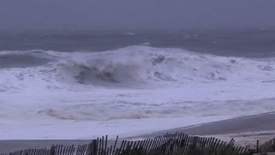 Sandy hits New Jersey amid evacuations