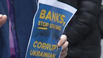 Ukrainian Protesters Target NY Federal Reserve