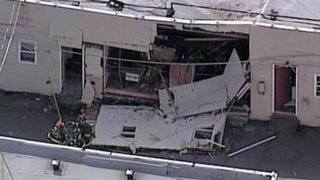 Motel explosion seriously injures one person, displaces 41