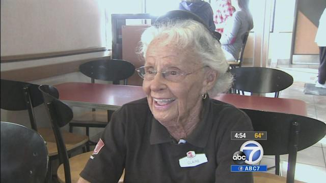 91-year-old cashier in San Clemente still serving with a smile