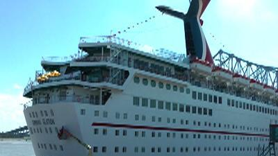 Passenger: 'Good Thing' to Help Disabled Ship