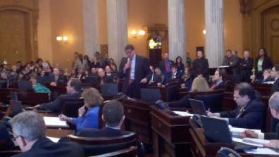 Ohio Senate Narrowly Approves SB5