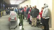 Shoppers get jump on Black Friday on Thanksgiving
