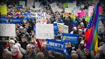 Indiana lawmakers push for clarification on religious freedom bill