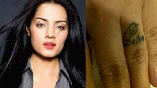 Check Out: Celina Jaitey's token of love for hubby Peter!