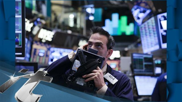 Stocks Edge Higher in Early Trading on Wall Street