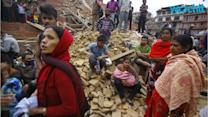 Devastating Nepal Quake Kills Over 1,300, Some in Everest Avalanche