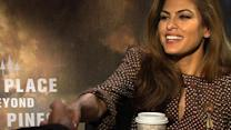 Eva Mendes shows off flirting skills