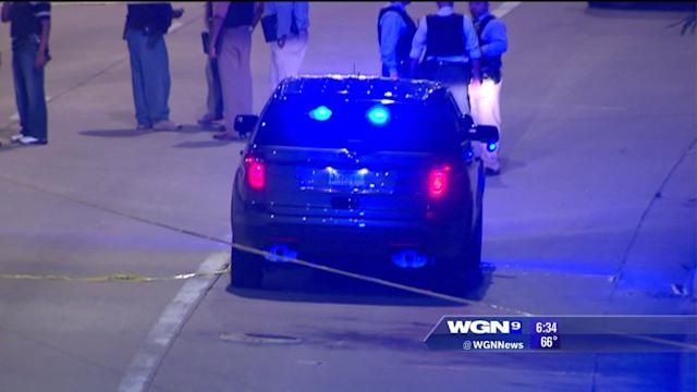 Chicago police officer injured in traffic stop, shots fired