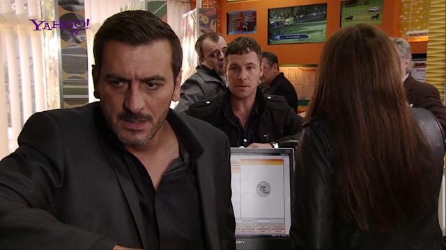 *FIRST LOOK* Trouble for Coronation Street's Peter Barlow?