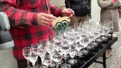 Mind-Blowing Glass Harp Cover of 'Hallelujah'