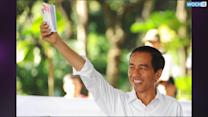 Indonesian Presidential Hopeful Prays Mecca Trip Will Win Votes