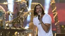 Jake Owen Brings Beach to CMA Fest