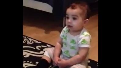 7-Month-Year-Old Dances to 'Gangnam Style'