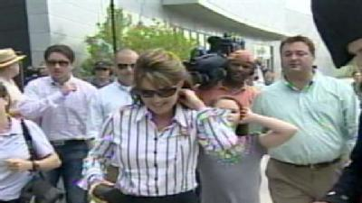 Palin Makes Memorial Day Visit To Fort McHenry