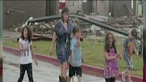 Teacher and Students survive tornado in bathroom