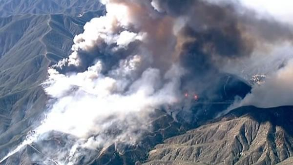Wildfire sparked near power stations north of Los Angeles