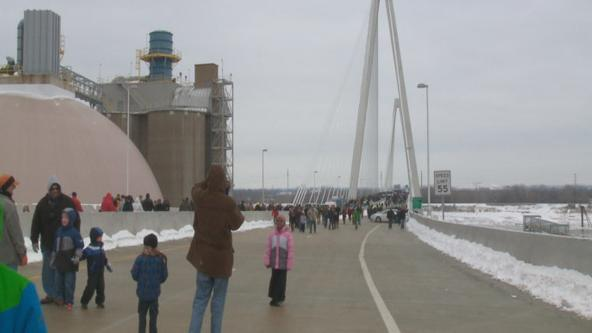 Ribbon cutting ceremony marks opening of the Stan Span