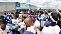 Mailbag: Why do Giants hold Training Camp at home?