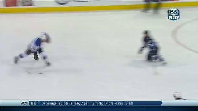 Kevin Shattenkirk catches break on late goal