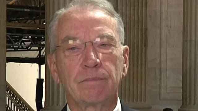 Sen. Grassley reacts to Fast and Furious report