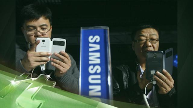 Latest Business News: Samsung Smashes Apple as Smartphone Explosion Continues in Q2
