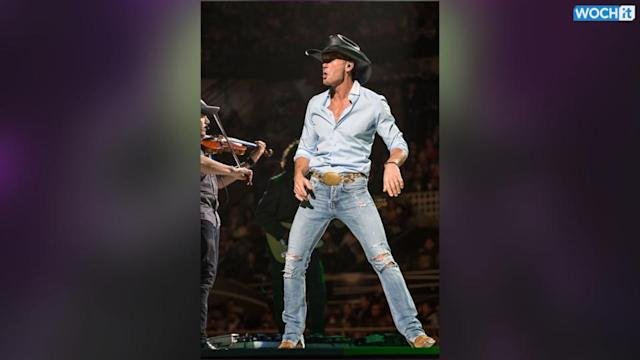Country Singer Tim McGraw Shows Off Six Pack While Jet Packing