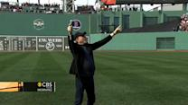"Neil Diamond leads Red Sox fans in ""Sweet Caroline"""