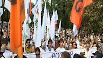 "Raw Video: Moscow protest marks ""August Putsch"""