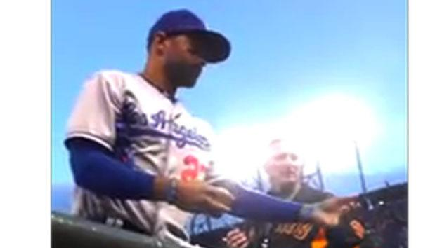Dodger's touching gesture goes viral