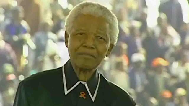 Nelson Mandela taken to hospital for lung infection