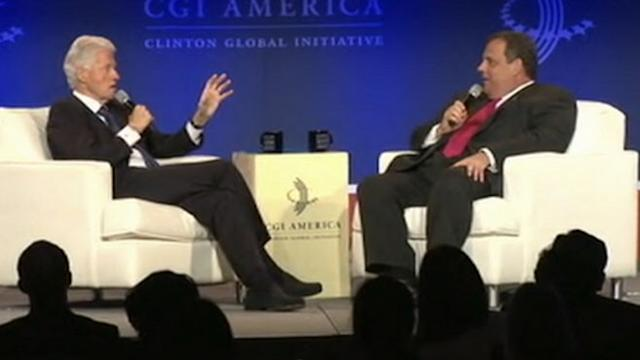 Chris Christie, Bill Clinton Share the Political Stage