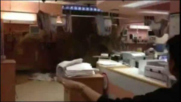 Dramatic hospital flooding caught on tape