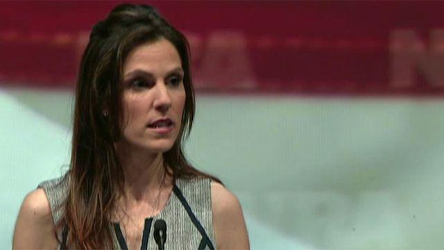 Chris Kyle's wife gives speech at NRA convention