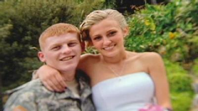 Wounded Soldier Weds High School Sweetheart