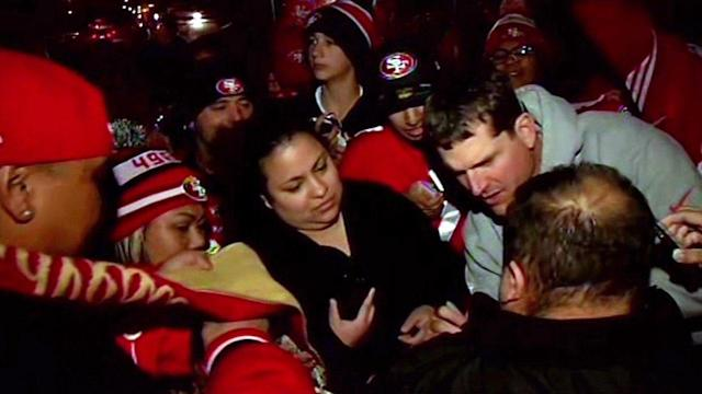 49ers greet fans after return to Santa Clara