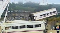 Speed may have caused deadly train wreck in Spain