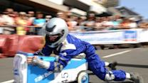 Raw Video: Garbage can racing in Germany