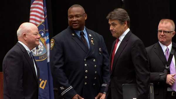Governor Rick Perry speaks at memorial