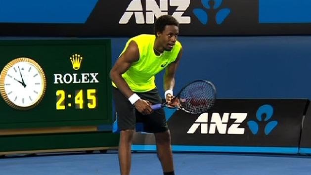 Highlights: Dolgopolov v Monfils