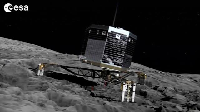 Comet chasing spacecraft wakes up