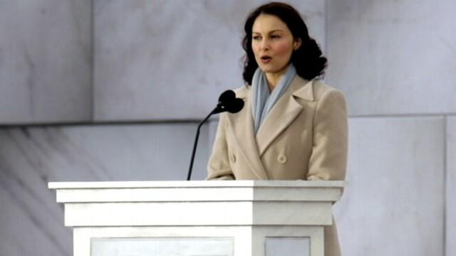 Ashley Judd Could Take on Mitch McConnell in Political Campaign
