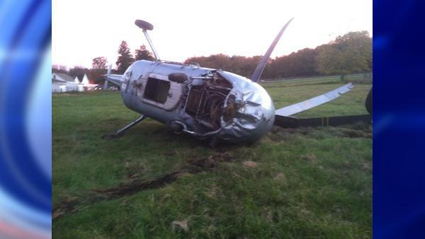 Helicopter crashes in farm field in Yorktown