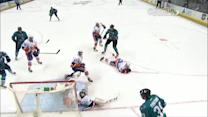 Patrick Marleau beats Poulin on power play