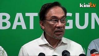 Anwar: Japanese flag stomping at PKR rally unnecessary