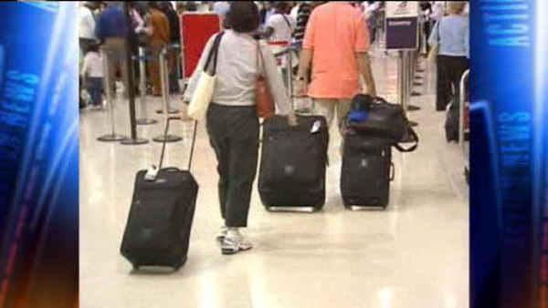 Police: Man arrested at NJ airport with loaded gun
