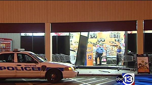 Police investigating attempted smash-and-grab