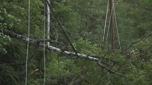 Severe weather cuts power to thousands in Maine